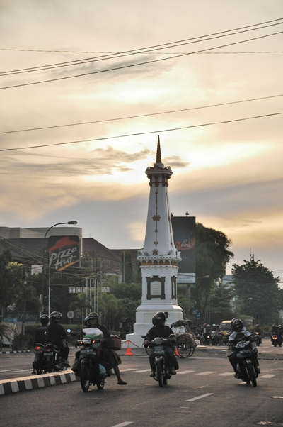 The Tugu in The morning..