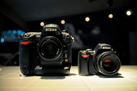 D3 versus D40 (ambil dari flickr)